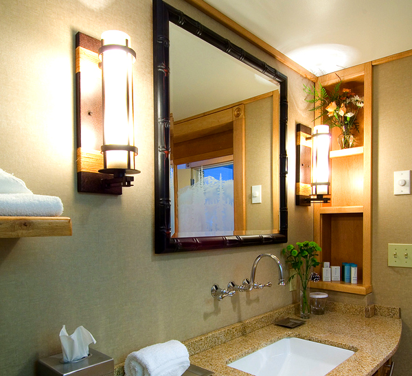 Vanity Lights Shine Up Or Down : Bathroom Vanity Lighting: Ideas and the 2+1 Design Rule Lights and Lights