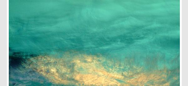 swimming pool underwater lighting