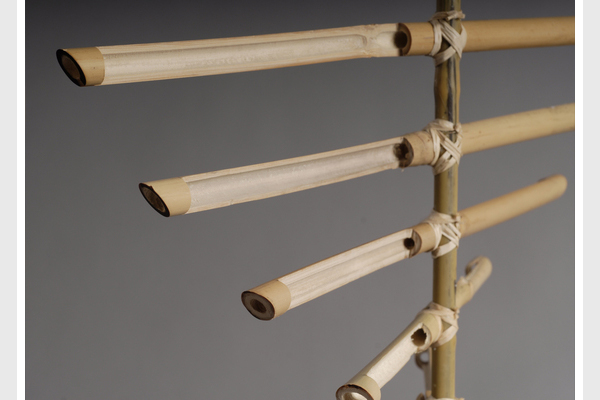 Flow bamboo wind lights