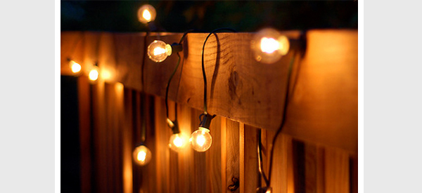 String Lights On Deck Railing : Outdoor Home Lighting: Best Outdoor Night Spaces [Pictures] Lights and Lights
