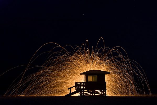 light painting beach hut
