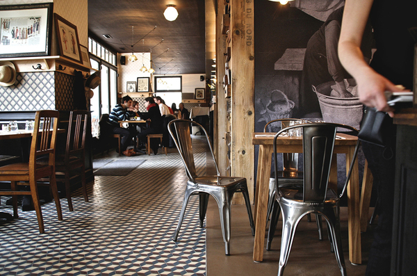 Interior Design Showcase – A French Café and Restaurant ...